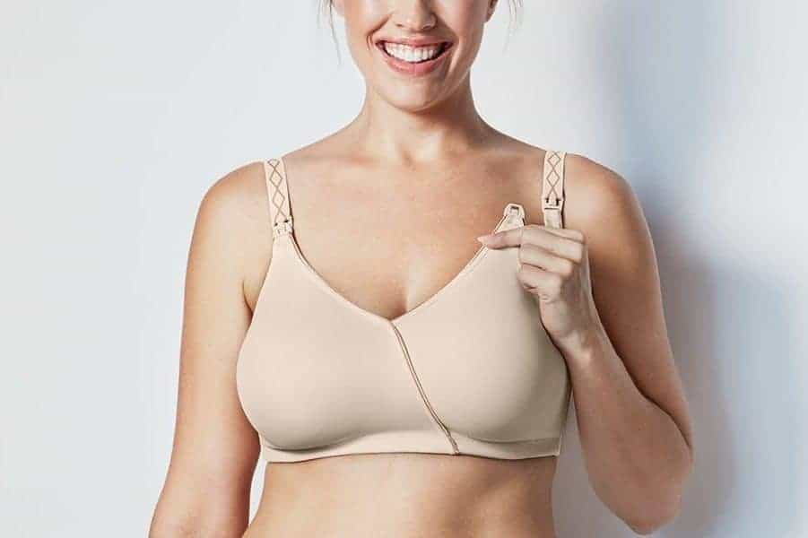 90a949f01202e Best Nursing Bras for Large Breasts  2019 Reviews  TheBetterFit