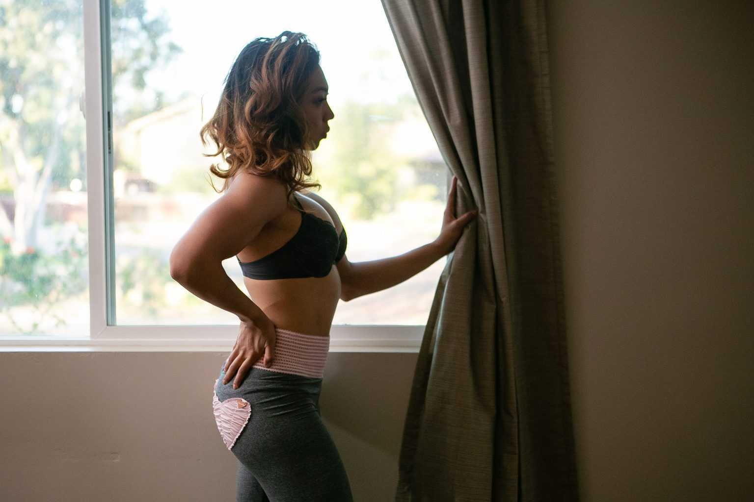 Woman wearing an Elomi Matilda plunge bra